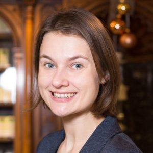 Adler Apotheke-Mitarbeiter Gudrun Hammer