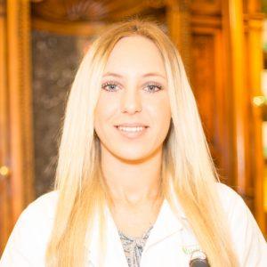 Adler Apotheke-Mitarbeiter Manda Lucic