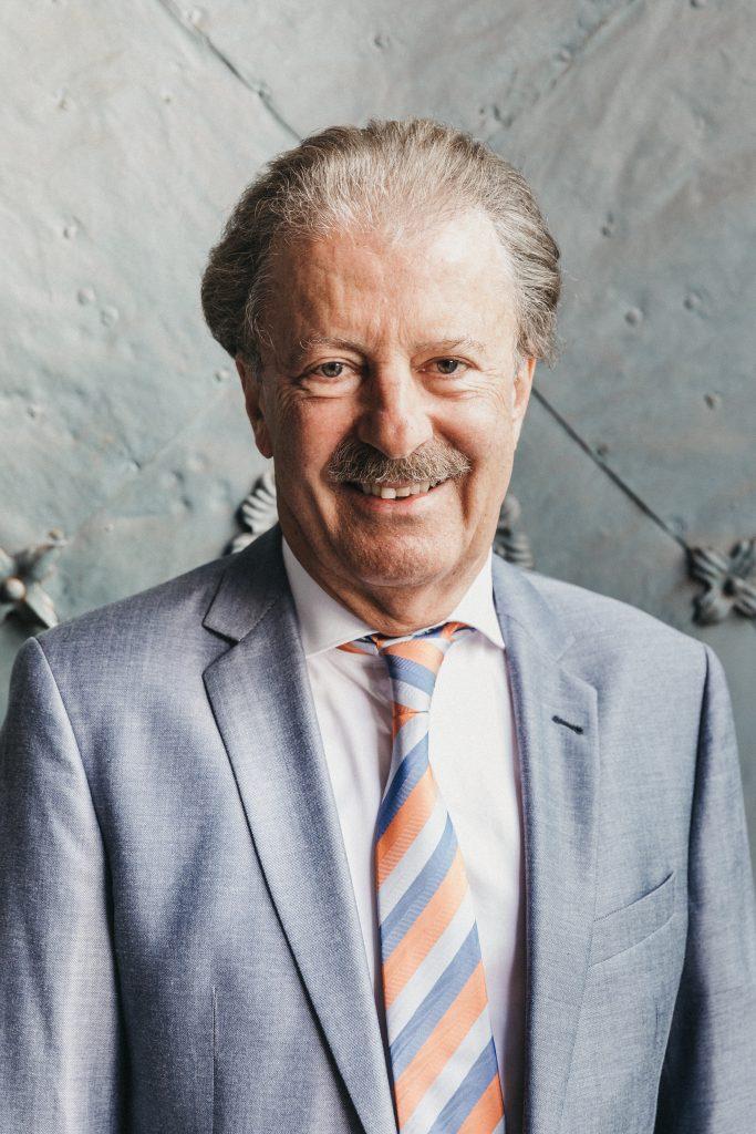 Prof. Mag. Bernd Milenkovics
